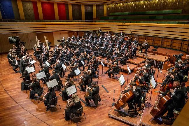 """世界名团齐聚森林音乐会,带着耳朵听""""画展"""""""